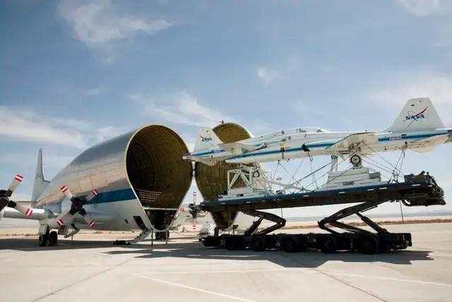 kuxlarge2 - #Video Así se transportan cargas gigantescas de un lugar a otro