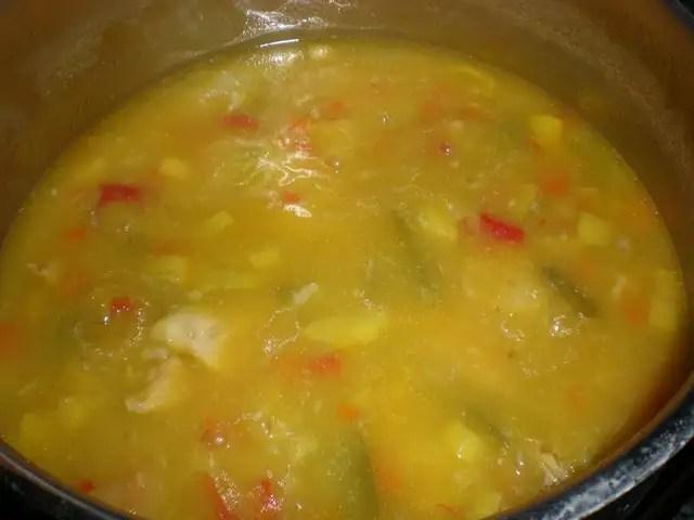 Sopa de jamoncitos