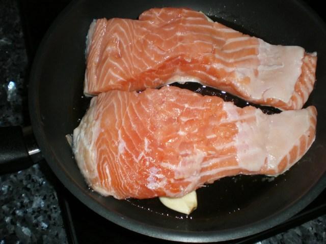 Freír salmón