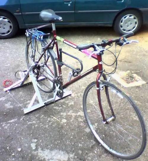 noweldingpedalgenerator - Manual de como construir tu propia bici-generator de electricidad
