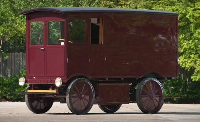 65010001909walker01700 - Coche eléctrico de 1909 vendido en eBay por 100 Mil euros