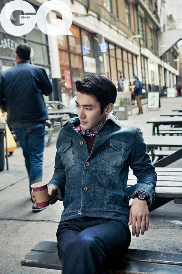 New York Wallpaper Hd Choi Si Won Lights Up In Gq Korea Couch Kimchi