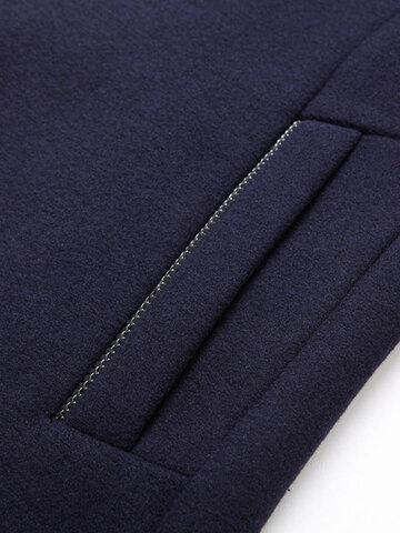 Мужское однобортное шерстяное утепленное утепленное пальто с воротником-стойкой и карманами