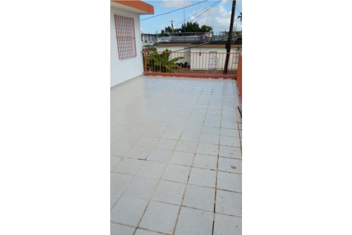 Segundo piso remodelado UrbanizacionMagnolia Gardens Alquiler Bienes Raices Casa en Bayamn Puerto Rico Real Estate Rentals Bayamn Puerto Rico