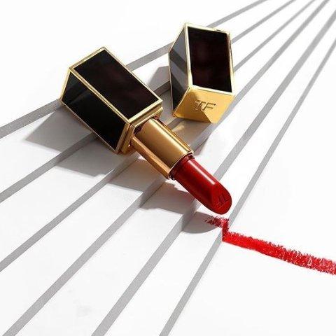 手慢無:Tom Ford官網 黑管口紅半價 多款色號補貨 $18(原價 $36) - 北美省錢快報