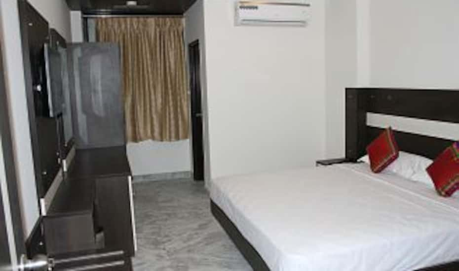 Hotel Royal Dezire Udaipur Book This Hotel At The Best