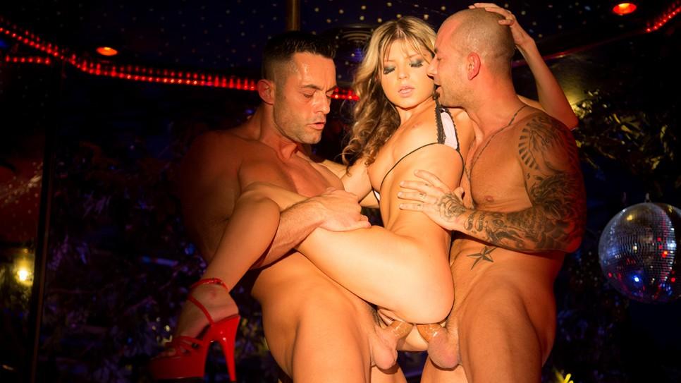 Gina Gerson – Hardcore DP for the striper (DorcelClub/Dorcel)