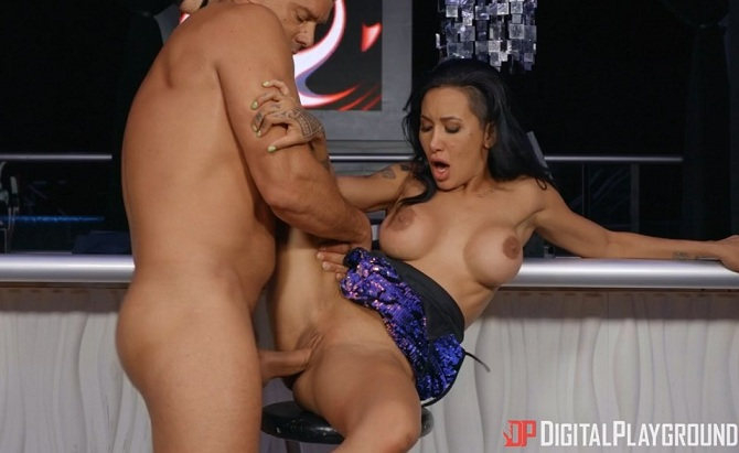 Amia Miley – It's Just A Matter Of Time (DigitalPlayground.com/2019/SD)