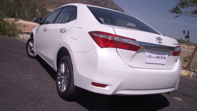 new corolla altis on road price yaris trd sportivo cvt toyota expert review test 205914 images 13