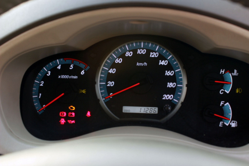 speedometer all new kijang innova yaris s cvt trd heykers toyota expert review road test 116792 cartrade in fact i personally prefer travelling an compared to any other mpvs not just families but also fleet operators seem