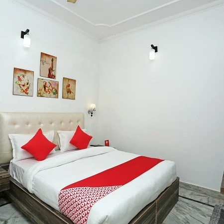 Hotel Oyo 16544 Bella Vista By Jordan Agra Trivago In