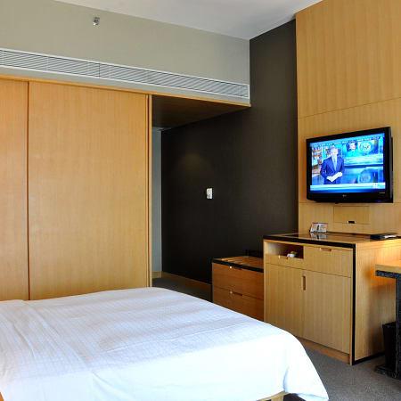 Hotel Paco Business Guangzhou Tiyu Xilu Metro Branch