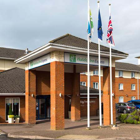Hotel Qhotel The Cheltenham Chase Brockworth Trivago Co Uk