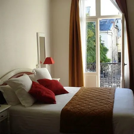 Hotel Best Western De France Chinon Trivago Co Uk