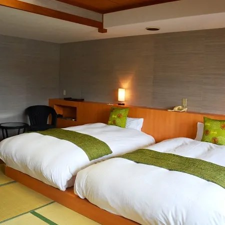 Guesthouse Hotel Sun Valley Izu Nagaoka Annex Waraku