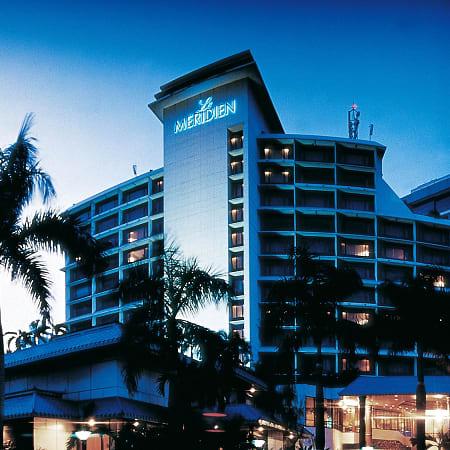 Hotel Hotel Pullman Jakarta Central Park Jakarta Trivago Com