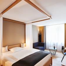Hotel Hotel Zugbrucke Grenzau Hohr Grenzhausen Trivago Co Uk