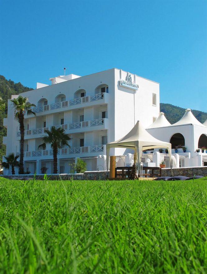 Hotel Casa Blanca Beach