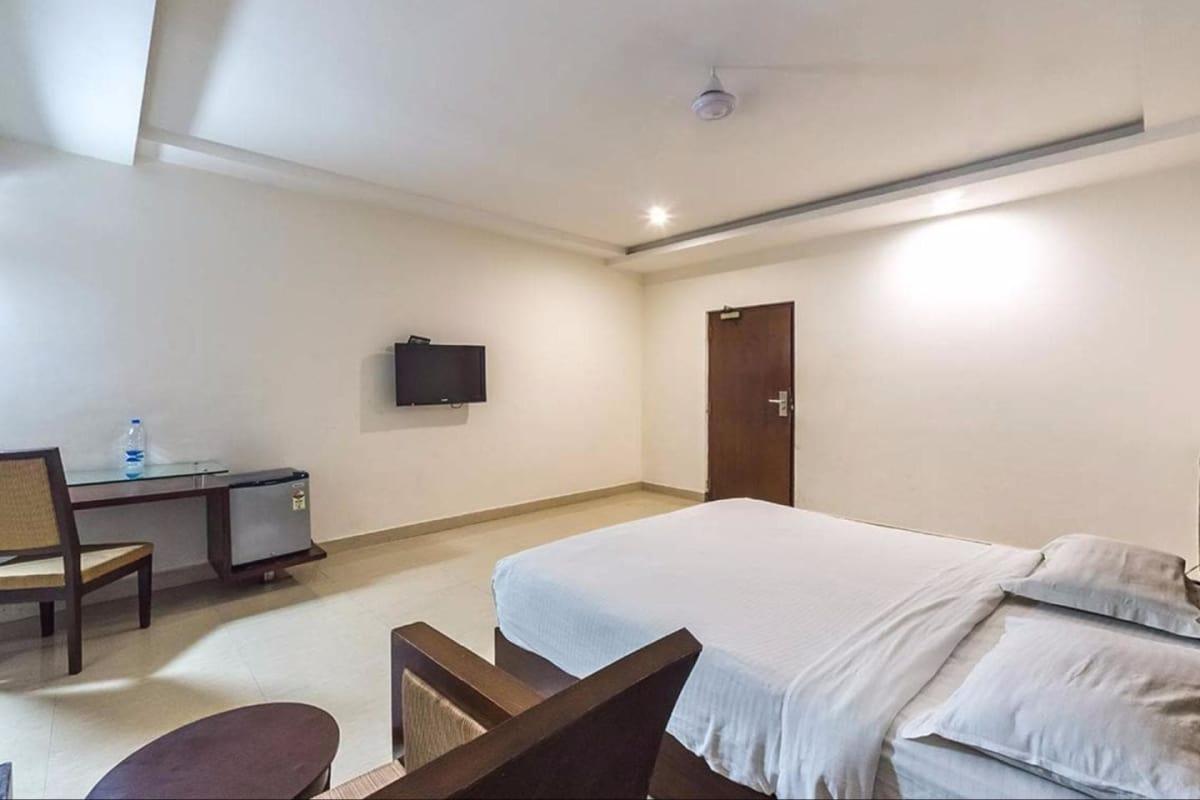 Hotel Central Park Hyderabad Trivago In
