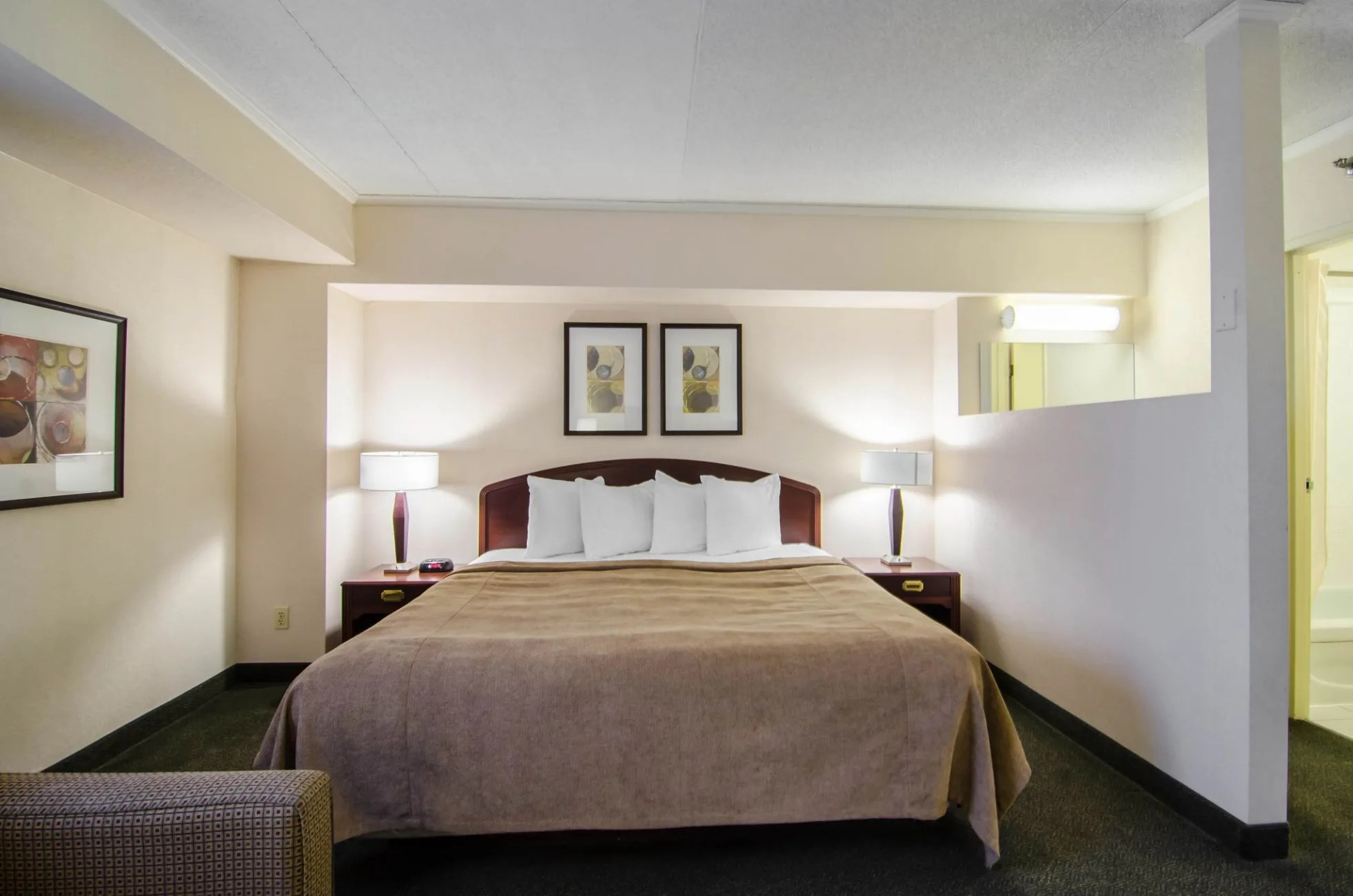 Hotel Quality Hotel Regina Regina Trivago Ca