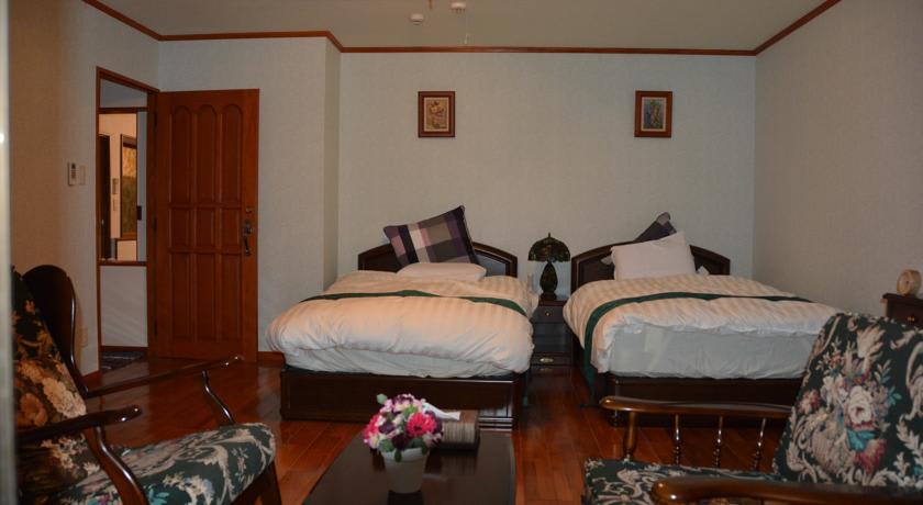 Guesthouse Kakurega Villa Kano Okinawa Ar Trivago Com