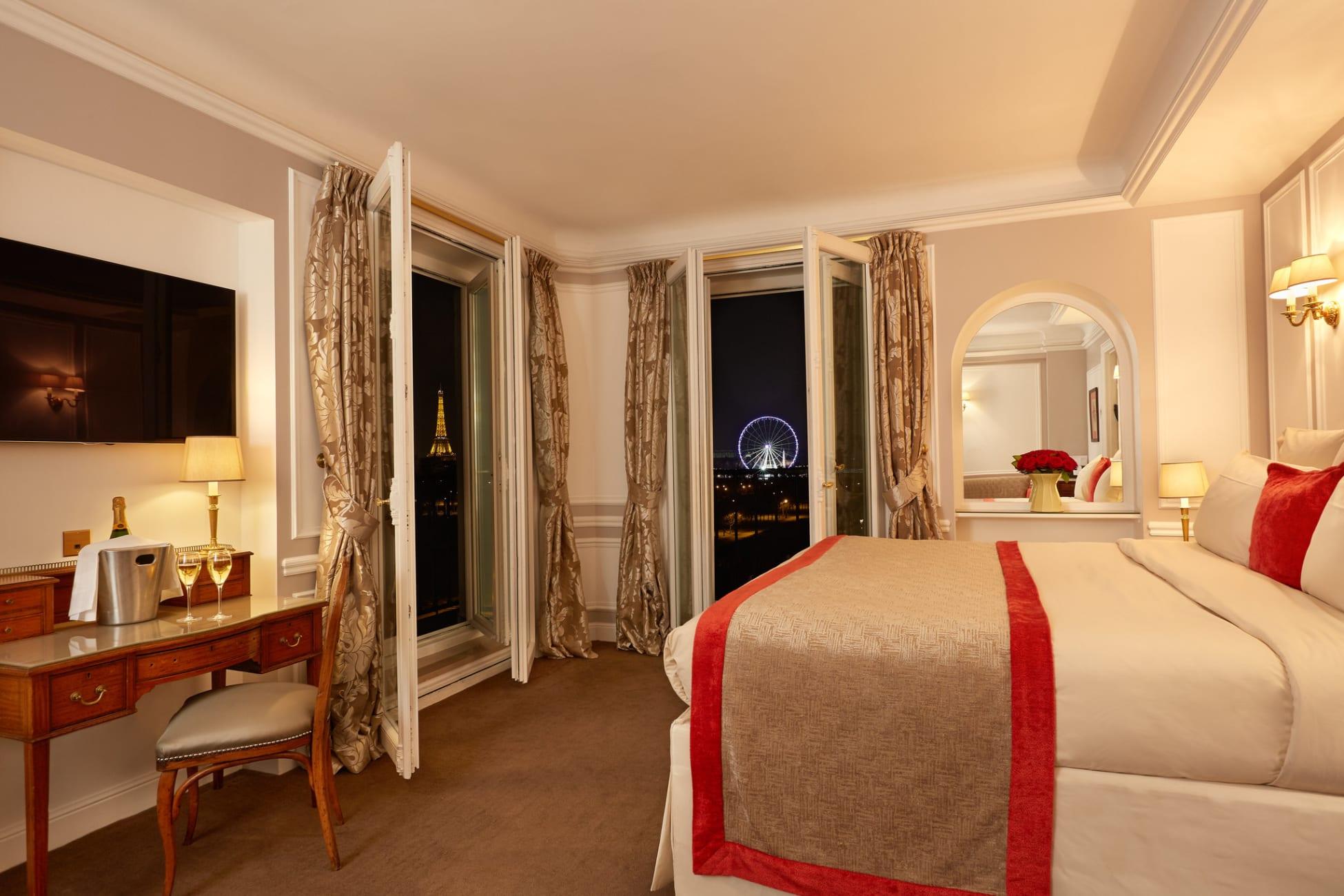 Hotel Regina Louvre Paris Trivago Com Au