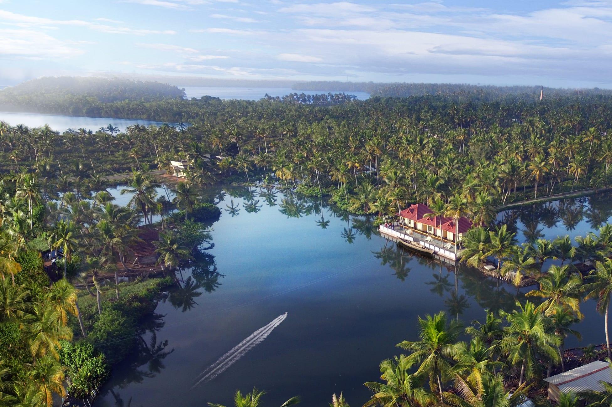 Resort Munroe Island Lake Resort Kollam Trivago In