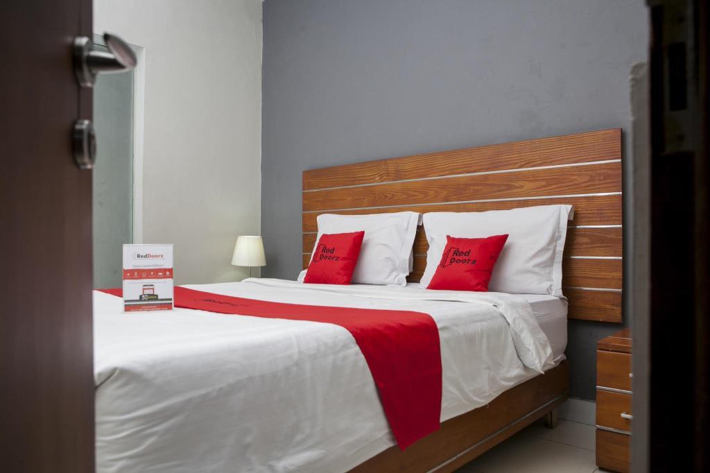 Rumah Apartemen Reddoorz Plus Near Asia Afrika 3 Bandung