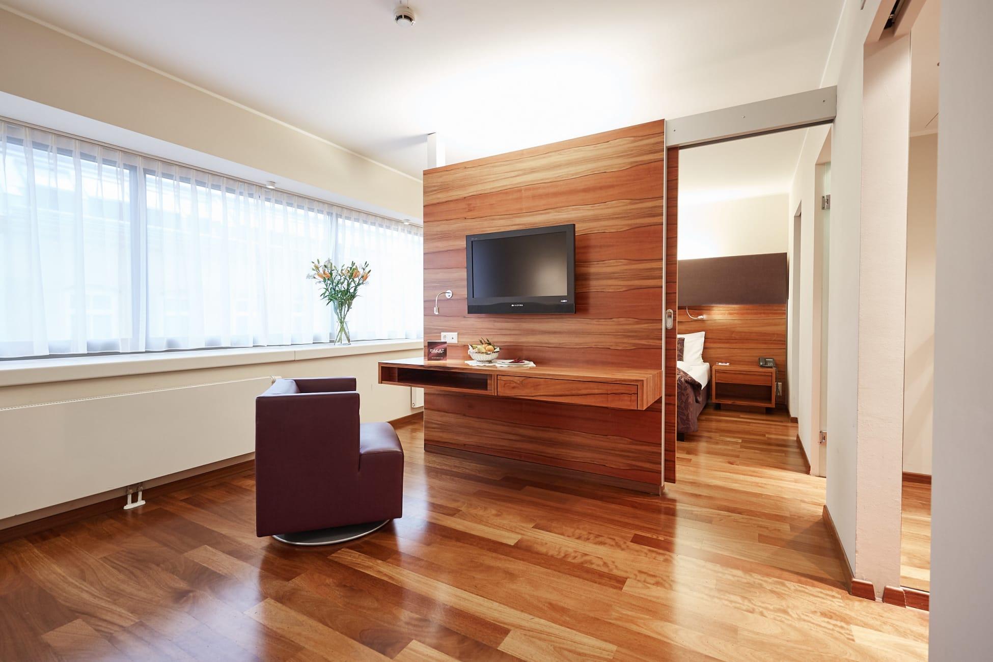 Hotel Di Wina Pakat Suites Hotel Trivago Co Id