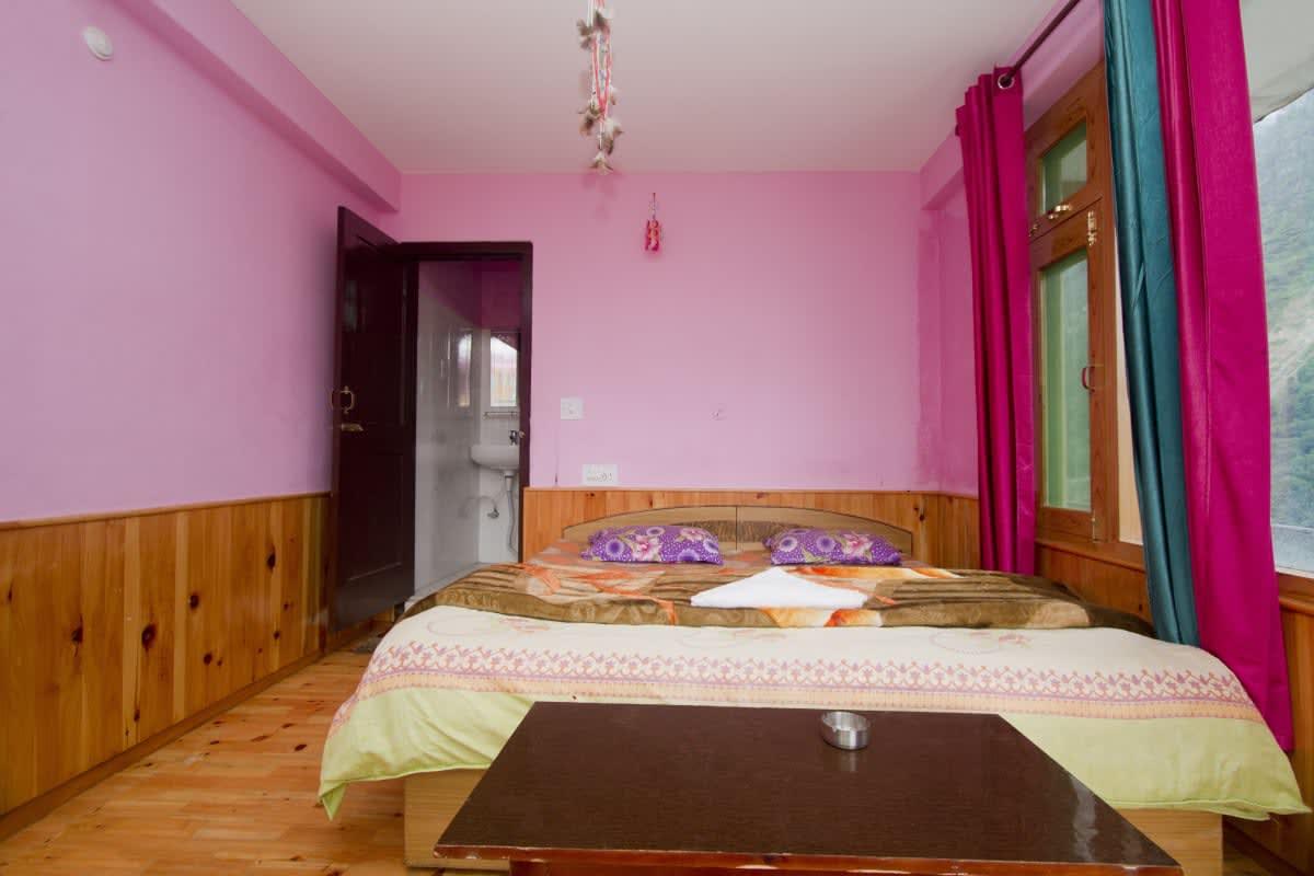 Hotel Blue Diamond Tosh Manali Trivago In