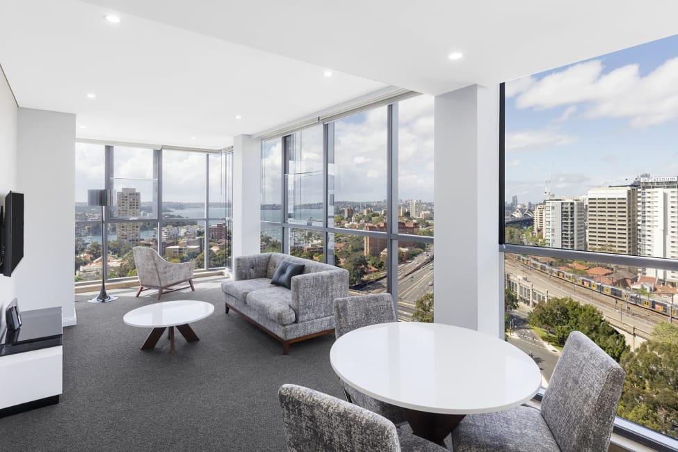 Hotel Meriton Suites North Sydney Sydney  trivagocomau