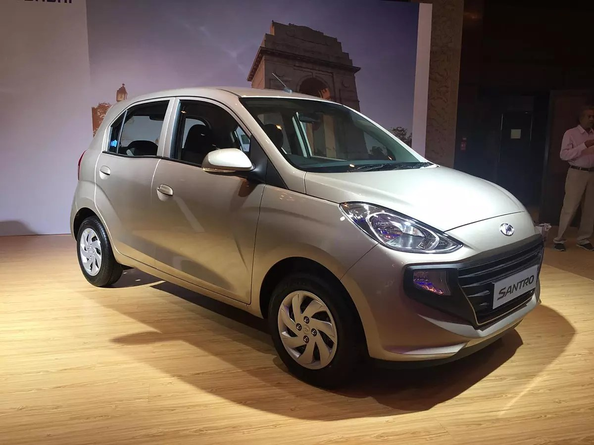 hyundai santro waiting period extends to four months to increase production [ 1200 x 900 Pixel ]
