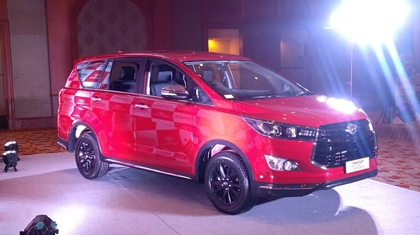 innova new venturer corolla altis review team bhp toyota touring sport picture gallery - carwale