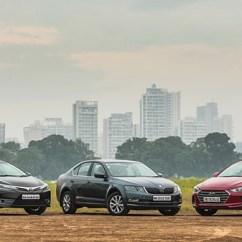 New Corolla Altis Vs Skoda Octavia Toyota All Yaris Trd Sportivo Hyundai Elantra A T Carwale At Time When The D Segment Isn An High This Comparison Is Sure To Raise Few Eyebrows Nevertheless We Need Understand That These