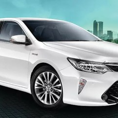 All New Camry Hybrid Grand Avanza Baru 2018 Toyota Introduced In India Carwale