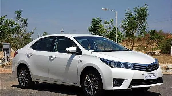 new corolla altis launch date in india logo grand avanza toyota launched at rs 11 99 lakh carwale