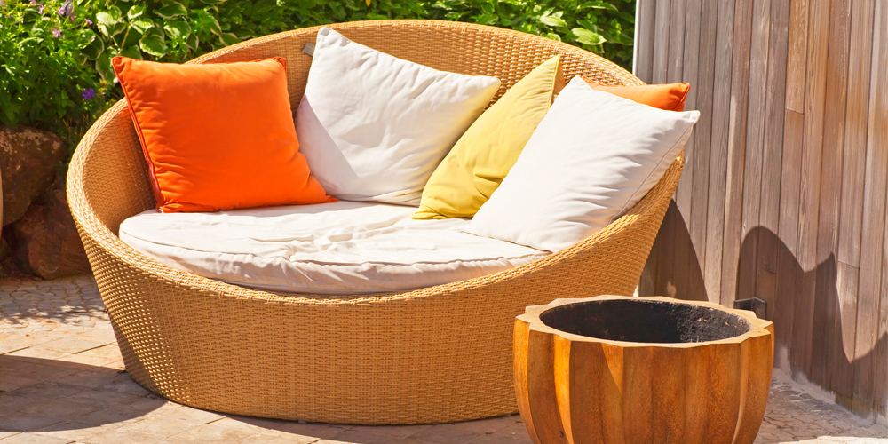 top 7 outdoor lounge beds perfect for