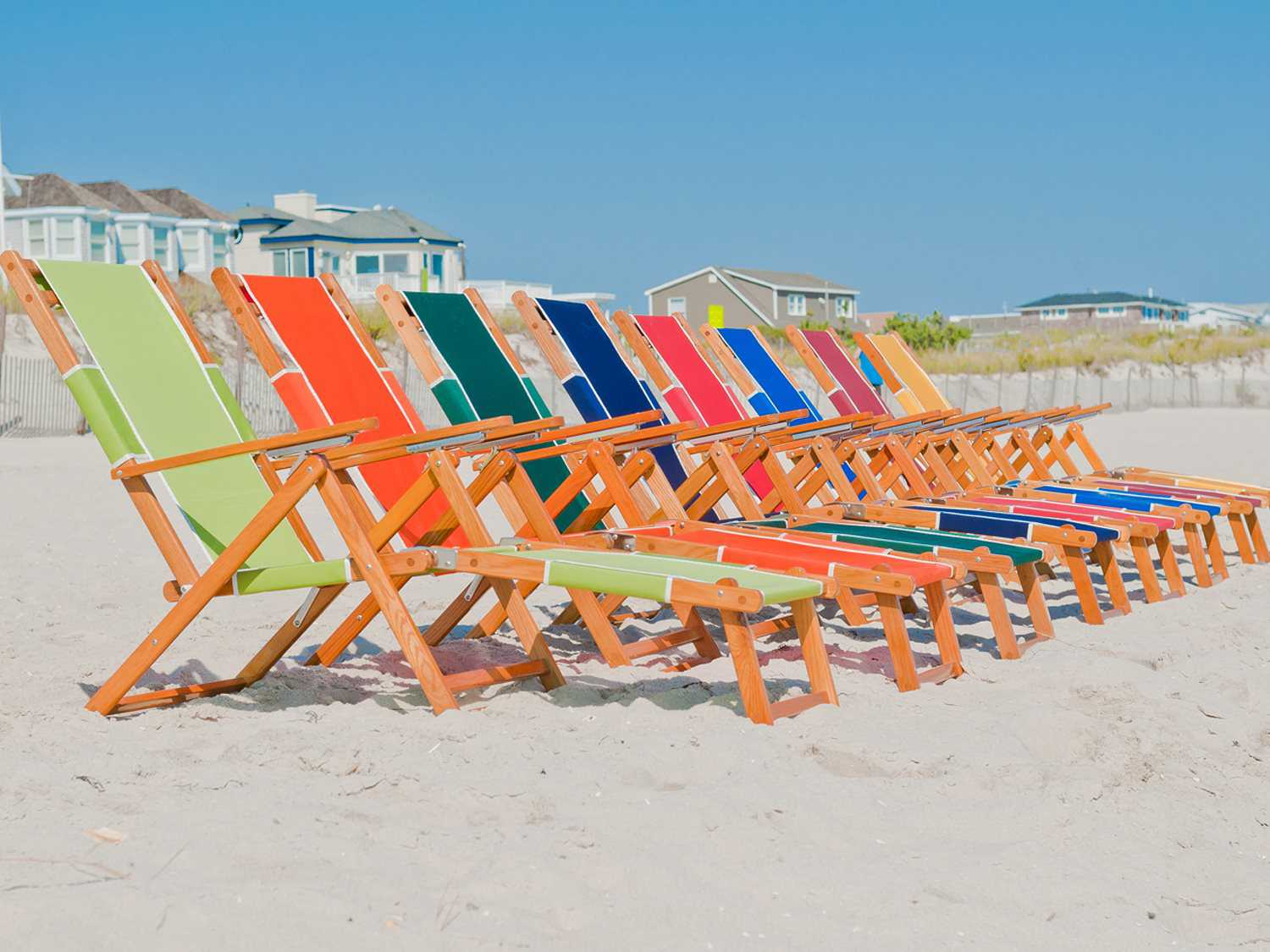 beach chairs and umbrella ivory chair covers for sale frankford umbrellas oak wood lounge sets