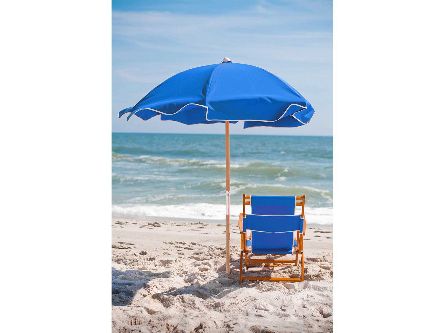 Beach Chairs With Umbrella Frankford Umbrellas Oak Wood Beach No Foot Rest Lounge Chair