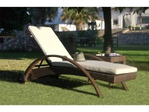 Hospitality Rattan Outdoor Soho Wicker Chaise Lounge With