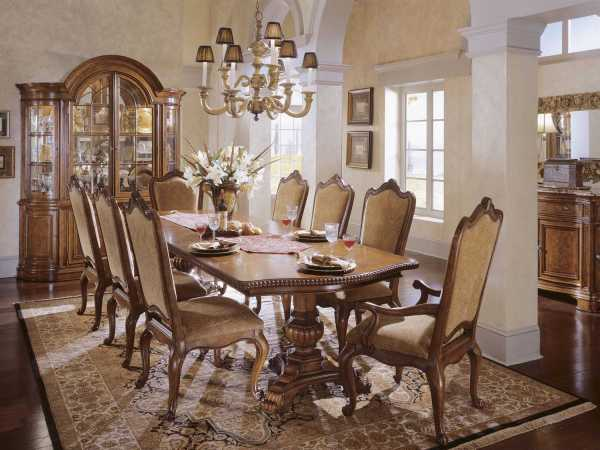 Universal Villa Cortina Dining Room Furniture