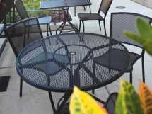 Woodard Mesh Wrought Iron 48 Table With Umbrella