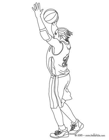 Basketball spieler macht einen ballpass zum online