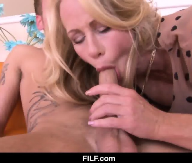 Anal Mother In Law With A Cock In Her Ass Scene 4