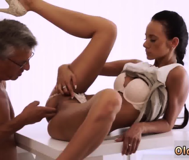 Old Man Fucks Young Woman Finally She S Got Her Manager Dick Scene 4