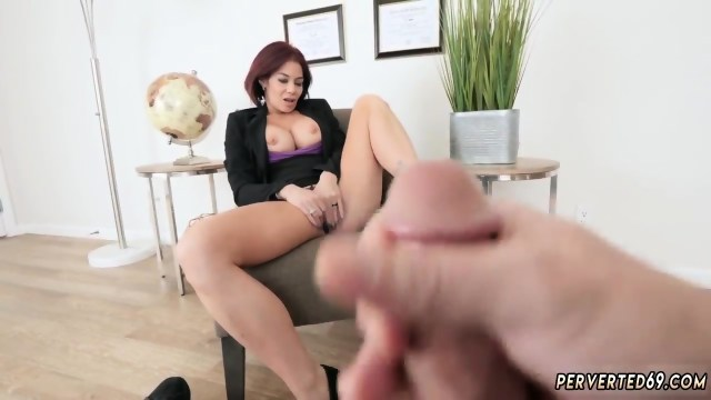 This Milf Teaches Young Milfs How To Fuck Ryder Got Romped By Her Stepcompanion S Son
