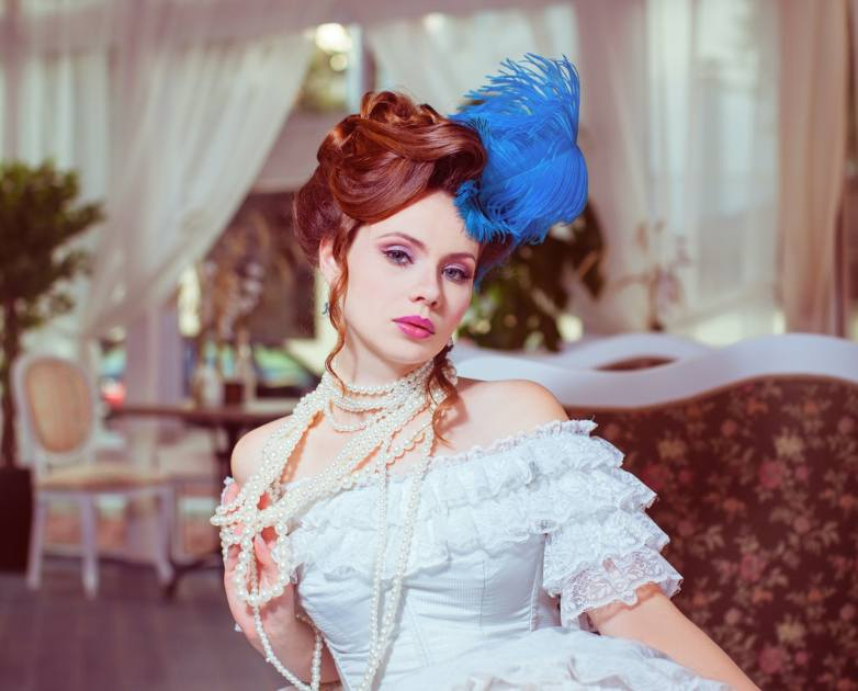 7 outrageous wedding hairstyles