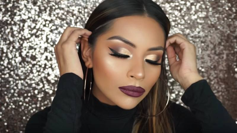 8 Easy Holiday Makeup Looks To Wear