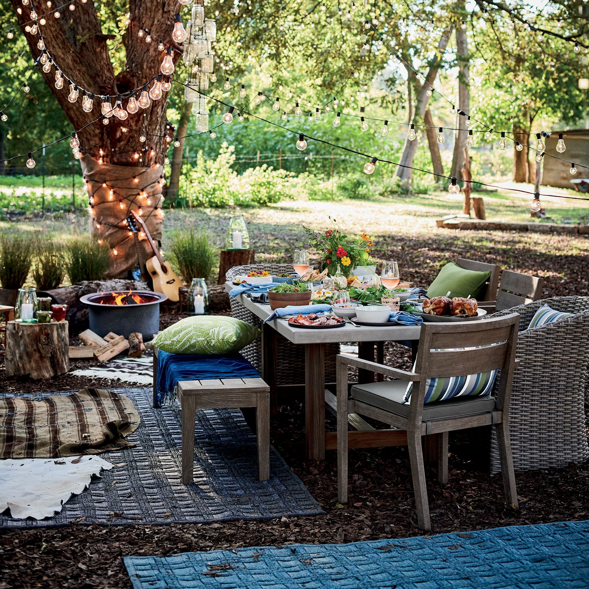 Crate Barrel S Outdoor Furniture Sale Means Up To 20 Percent Off Dining Sets Lounge Chairs More