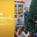 Hallmark S 2020 Christmas Movie Schedule Has 40 New Holiday Films